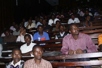 Engineering students hold mentorship seminar